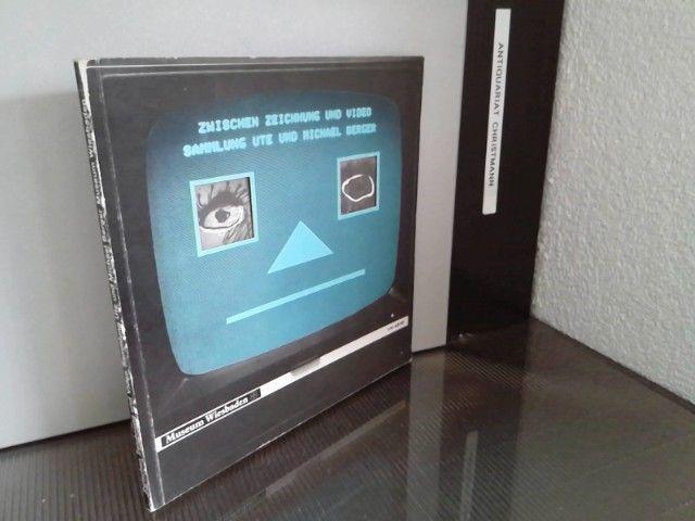 Zwischen Zeichnung und Video. Sammlung Ute und Michael Berger, Wiesbaden. Ausstellung vom 22.10.1985 - 29.12.1985, Museum Wiesbaden, Kunstsammlungen.